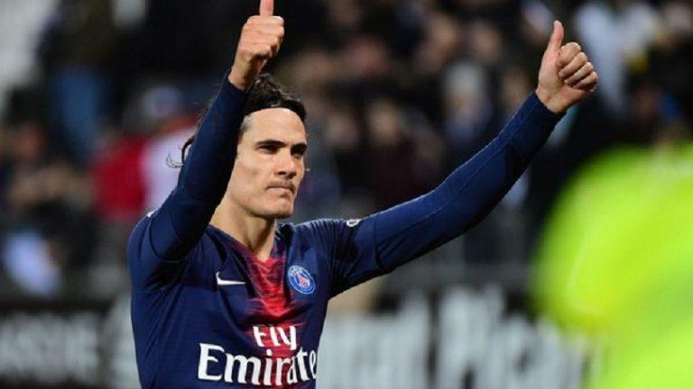 Cavani devrait jouer la saison 2019-2020 au PSG, mais sa prolongation est loin d'être sûre selon Le Parisien