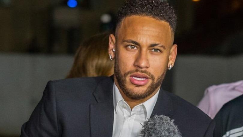 Mercato - Neymar «devrait bien respect ses engagements en faveur du PSG», indique Téléfoot