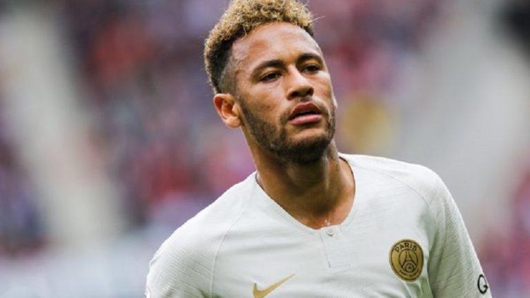 Neymar a bien fait le voyage pour être présent à l'entraînement du PSG ce lundi, affirme RMC Sport