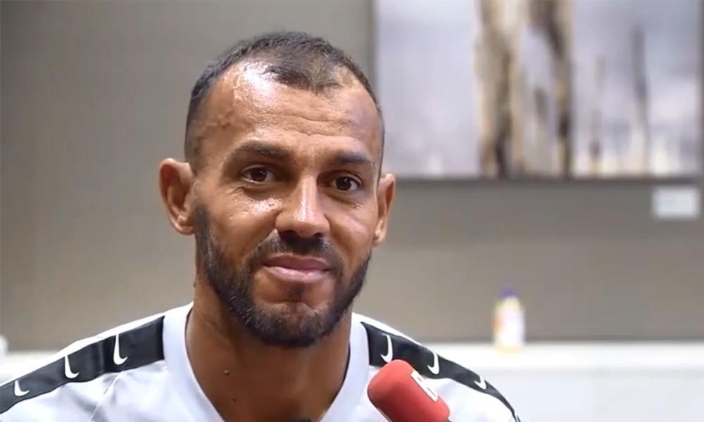 Hilton: Neymar «on parle beaucoup de ses petits problèmes en dehors du terrain, de sa vie privée»