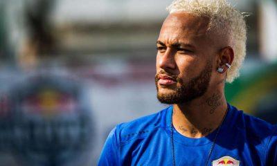 Neymar présent pour la tournée du PSG en Chine. (UOL)