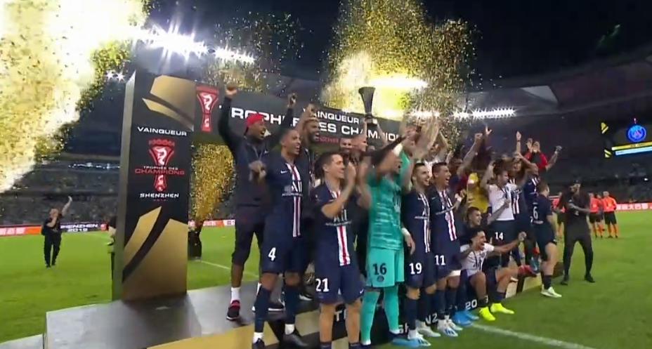 Les images du PSG ce dimanche : Trophée des Champions, repos et famille