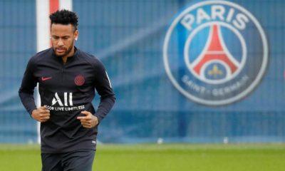 """Rothen: """"C'est impensable que Neymar reste au PSG"""""""