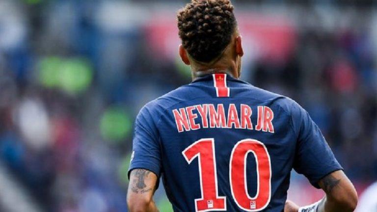 Neymar fait l'éloge des supporters du PSG au Parc des Princes