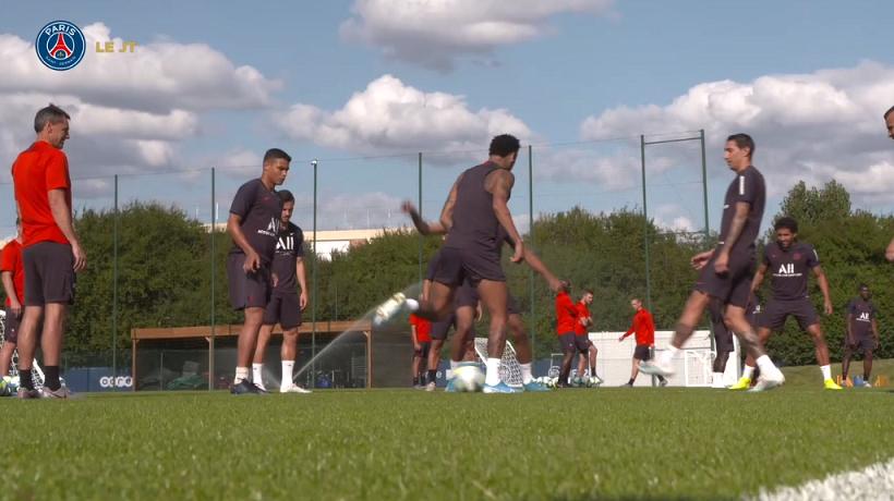 Les images du PSG ce mardi : famille, entraînement et message de Neymar