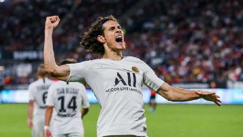 Cavani devrait jouer ce samedi contre Strasbourg pour préparer la réception du Real Madrid, indique Le Parisien