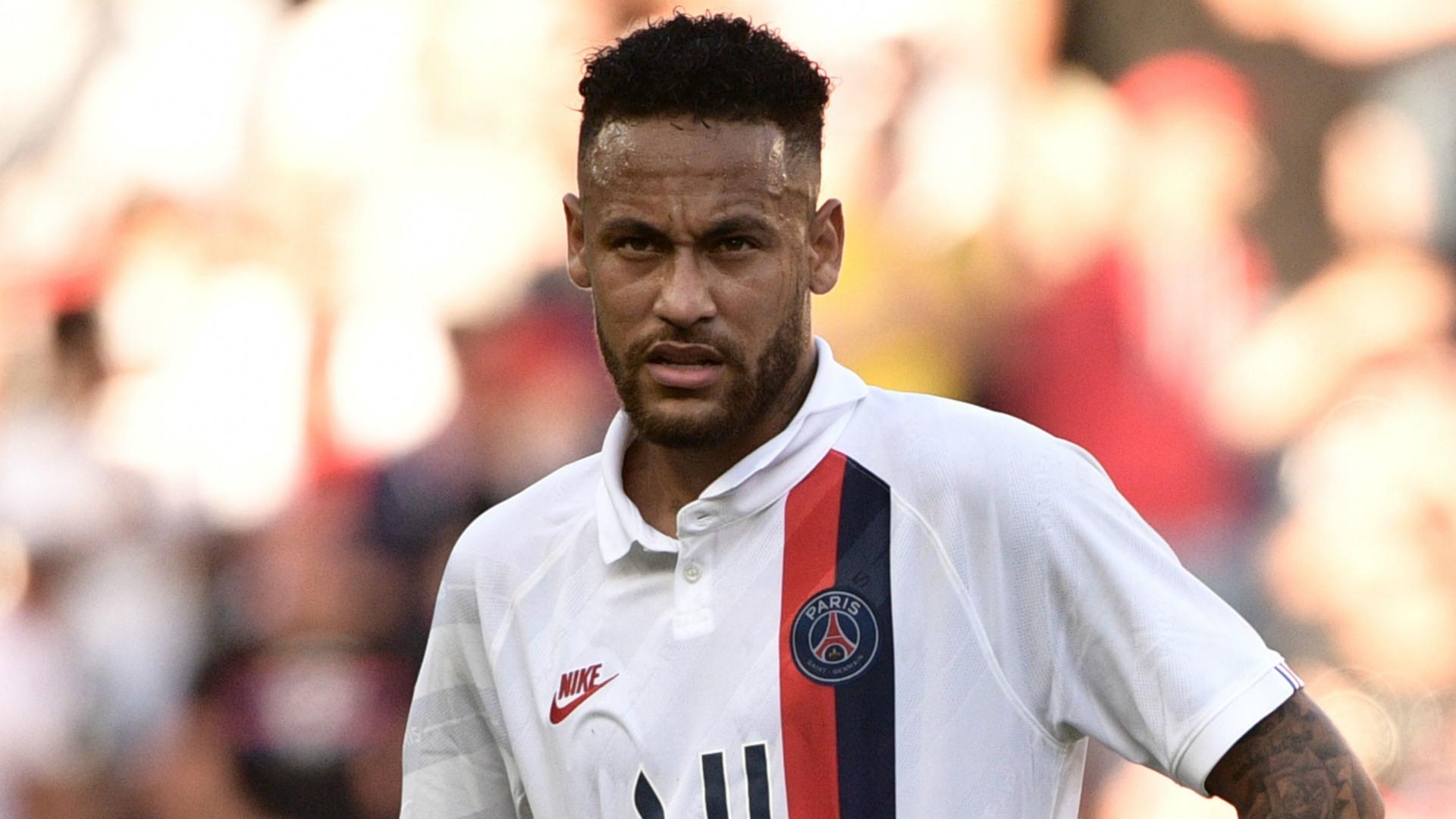 Neymar: »Je suis un joueur du PSG et je promets de tout donner sur le terrain»