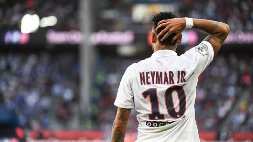 """Neymar """"avec beaucoup d'amour et de câlins, tout va rentrer dans l'ordre. Je suis là pour aider le PSG"""""""