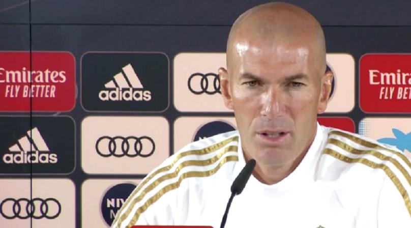 """Zidane """"On a l'impression de faire un mauvais match contre le PSG parce qu'on perd 3-0"""""""