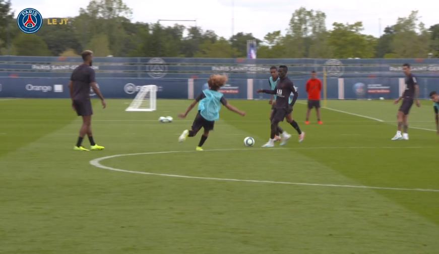 Les images du PSG ce jeudi : entraînement, notamment pour Icardi, et sélections