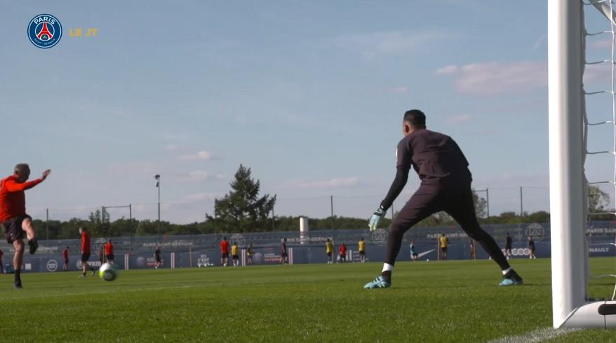 Les images du PSG ce mardi : entraînement au Camp des Loges, première séance de Keylor Navas et sélections