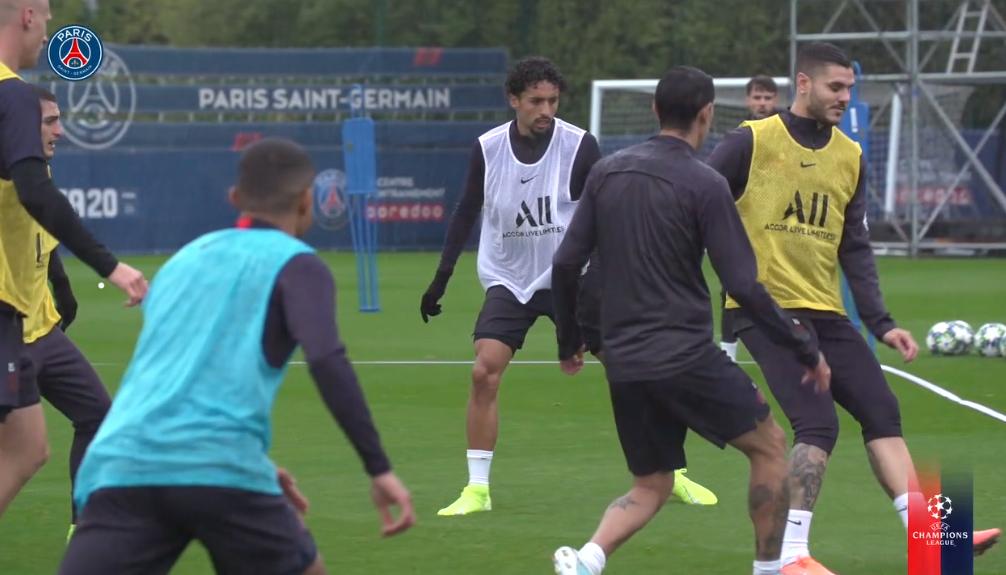 Les images du PSG ce dimanche : amour de Paris, bizutage de Navas et entraînement