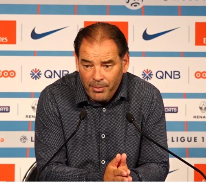 Moulin «Thiago Silva, je ne vois pas meilleur à son poste aujourd'hui.»