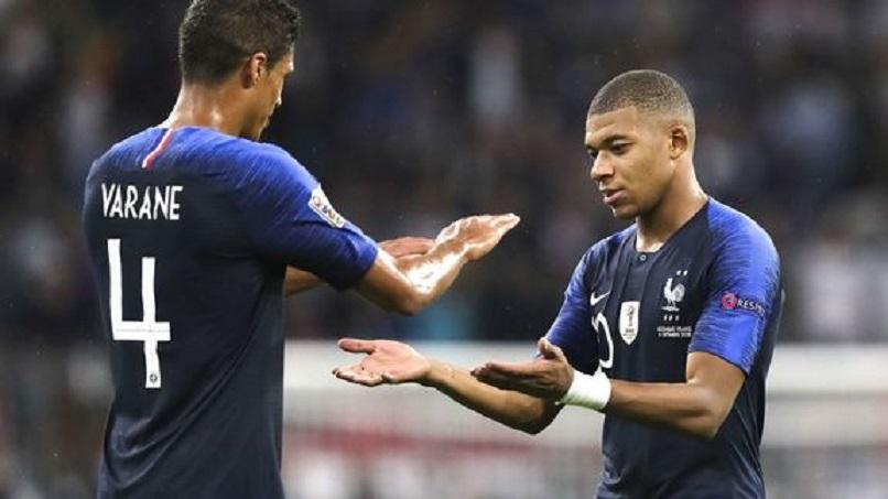 """Varane """"Je veux toujours Kylian Mbappé dans mon équipe"""""""