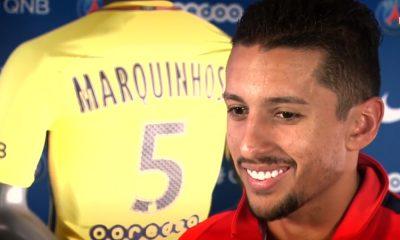 """Marquinhos marqué par les supporters Parisiens: """"C'était vraiment extraordinaire, émouvant"""""""