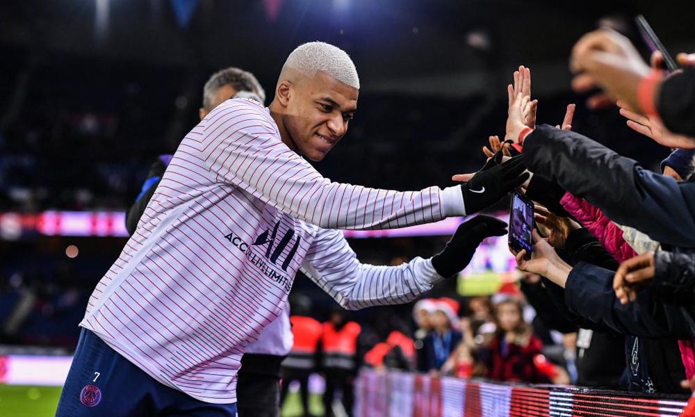 Mercato - Le Real Madrid confiant pour le transfert de Mbappé à l'été 2020 pour un prix astronomique, assure AS