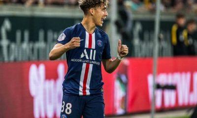 """Aouchiche évoque sa relation avec les joueurs du PSG et donne son avis sur les """"quatre fantastiques"""""""