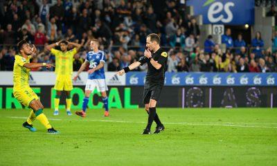Pau/PSG - Les statistiques de l'arbitre de la rencontre : très peu de jaunes, mais pas peur du rouge ou des penalty