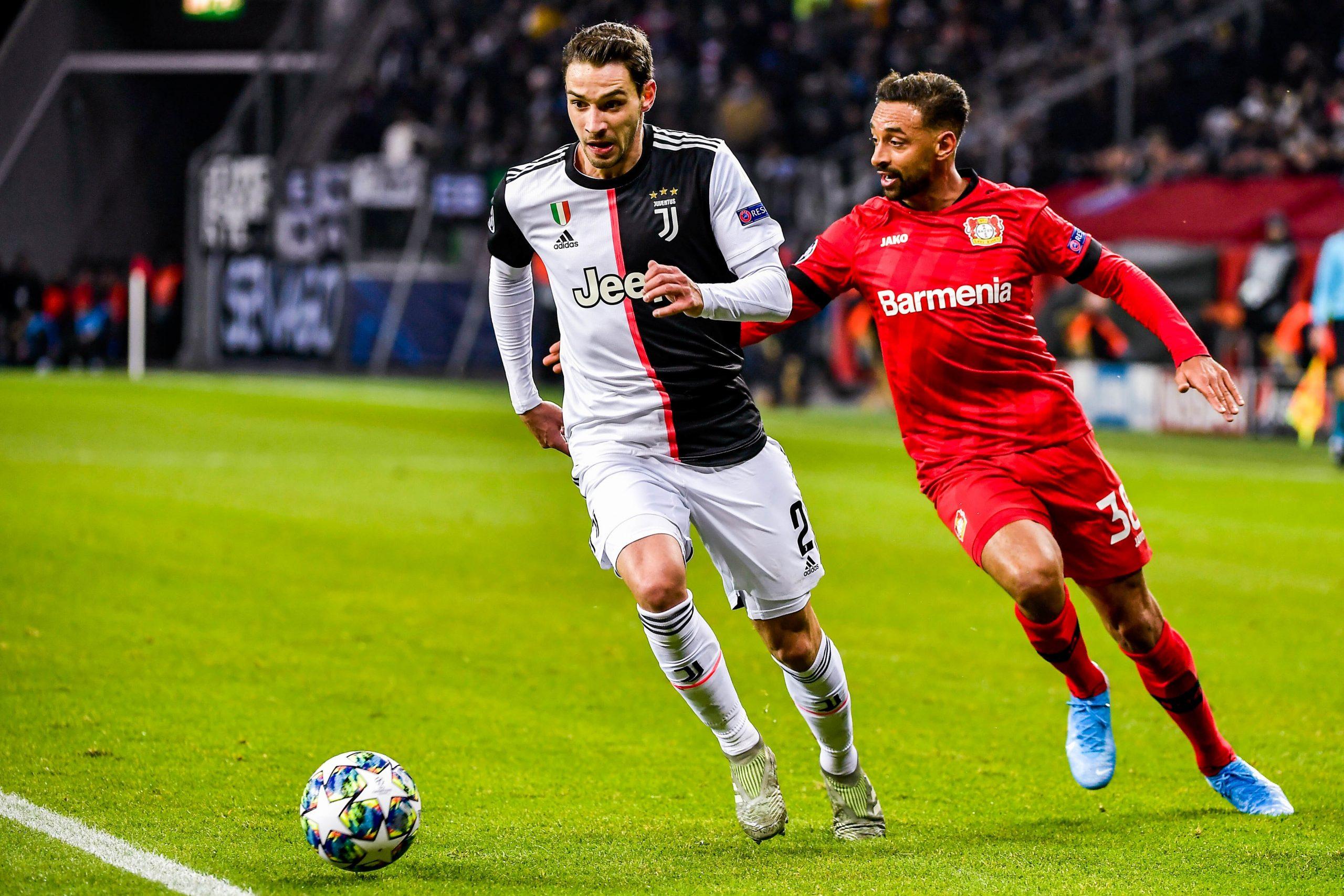 Mercato - Le PSG et la Juventus auraient avancé sur l'échange entre De Sciglio et Kurzawa