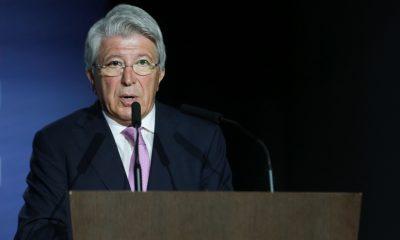 """Mercato - Enrique Cerezo, président de l'Atlético de Madrid, assure qu'il n'y a """"absolument rien"""" pour Cavani"""