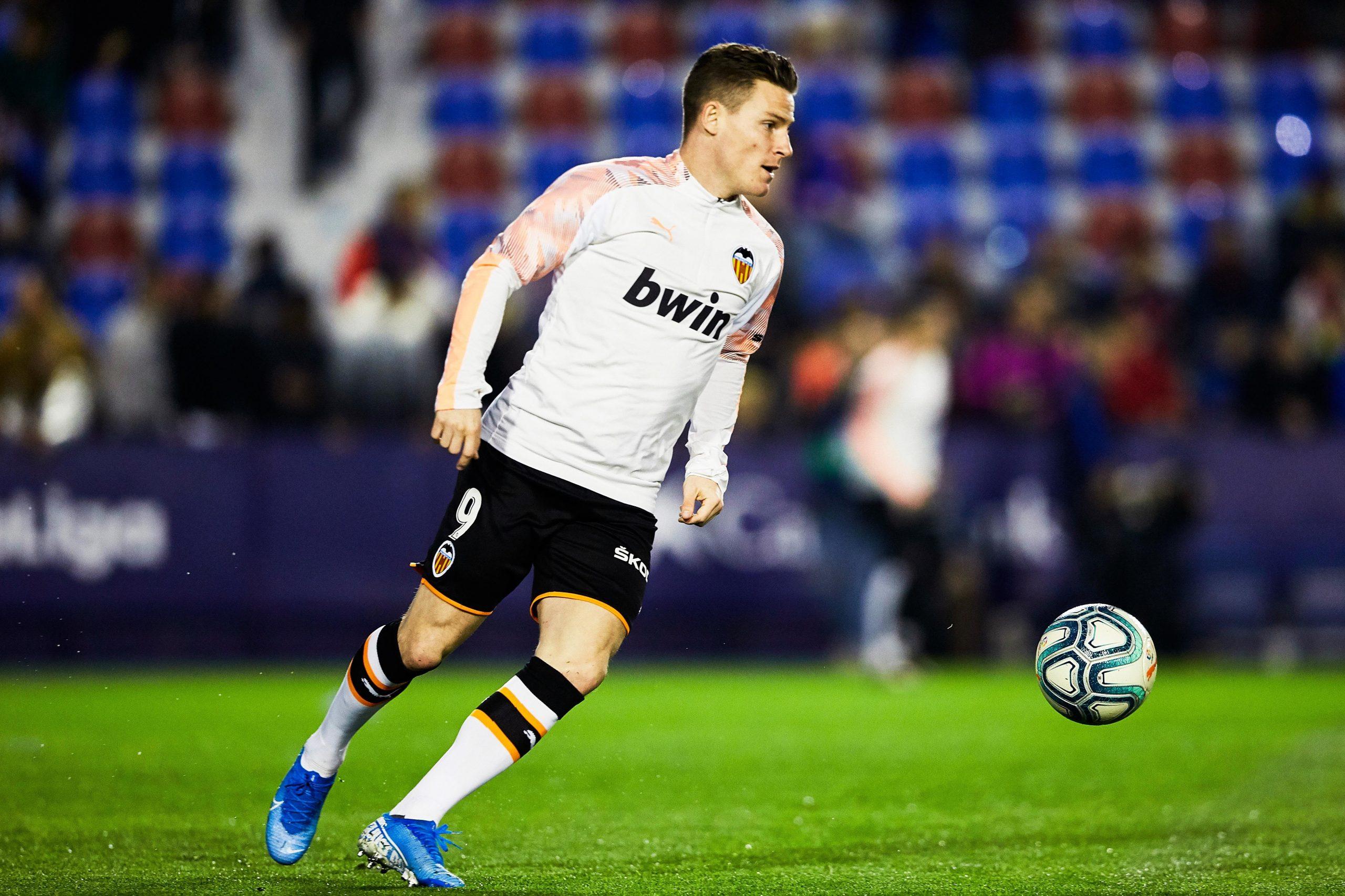 Mercato - Le PSG s'intéresse à Gameiro, confirme la Cadena Ser