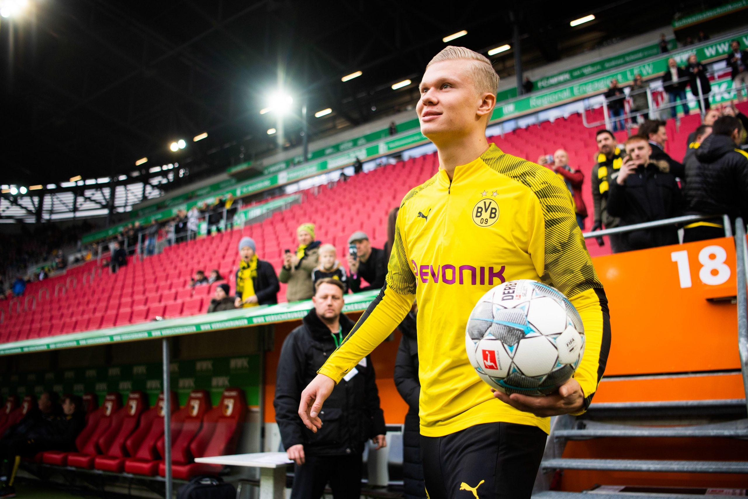 Dortmund s'impose à Ausbourg avec un scénario fou et un triplé de Håland