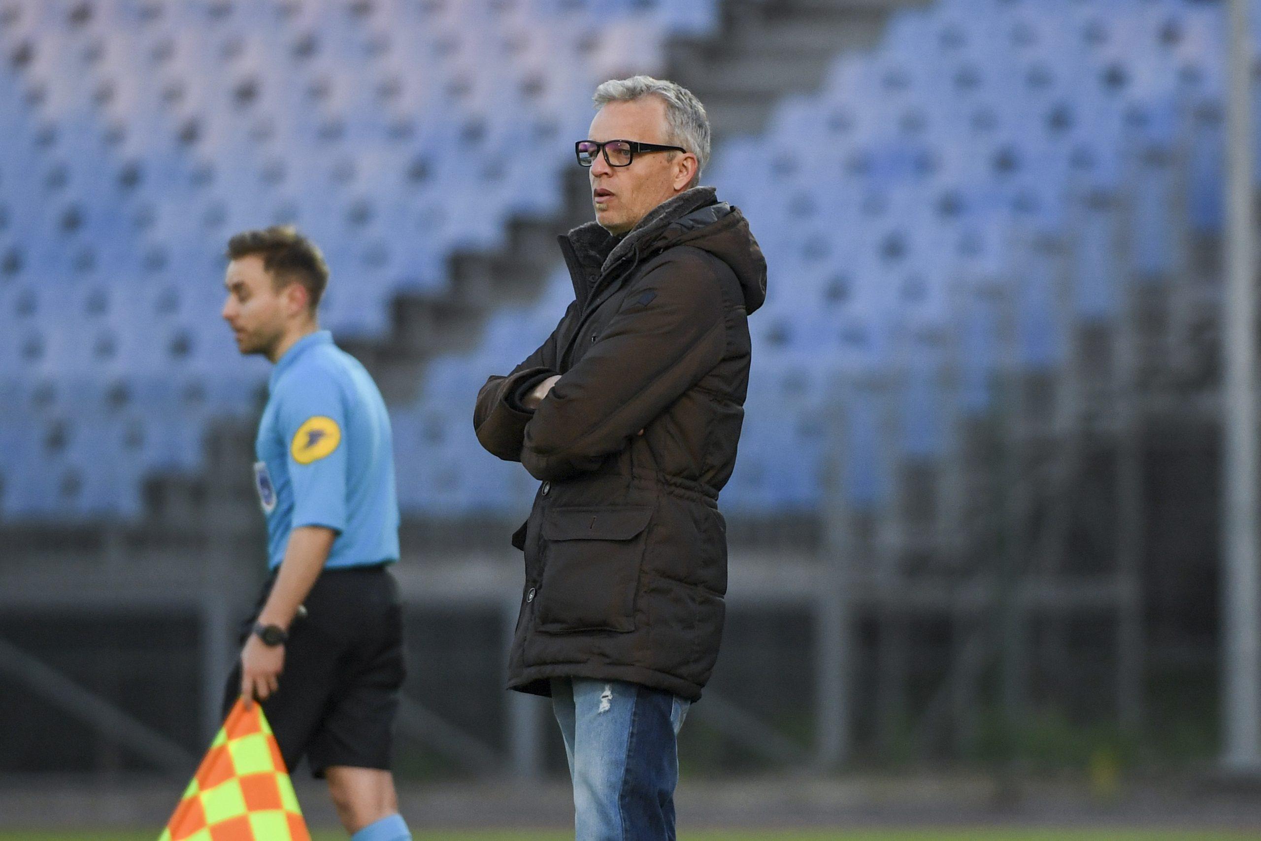 Pau/PSG - Bruno Irles souligne que «la priorité c'est le championnat»
