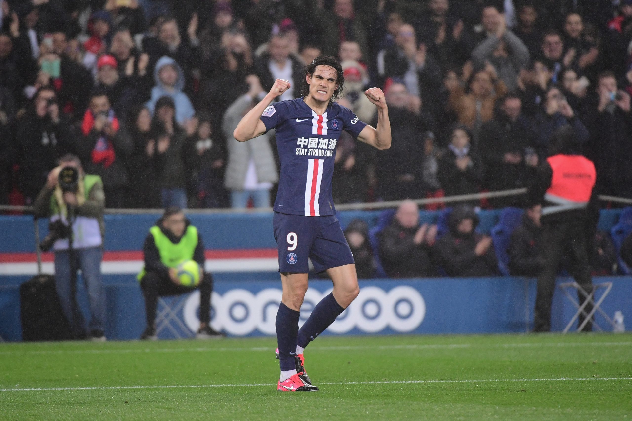 """Cavani évoque son 200e but, le plus beau inscrit au Vélodrome et son """"histoire"""" au PSG"""