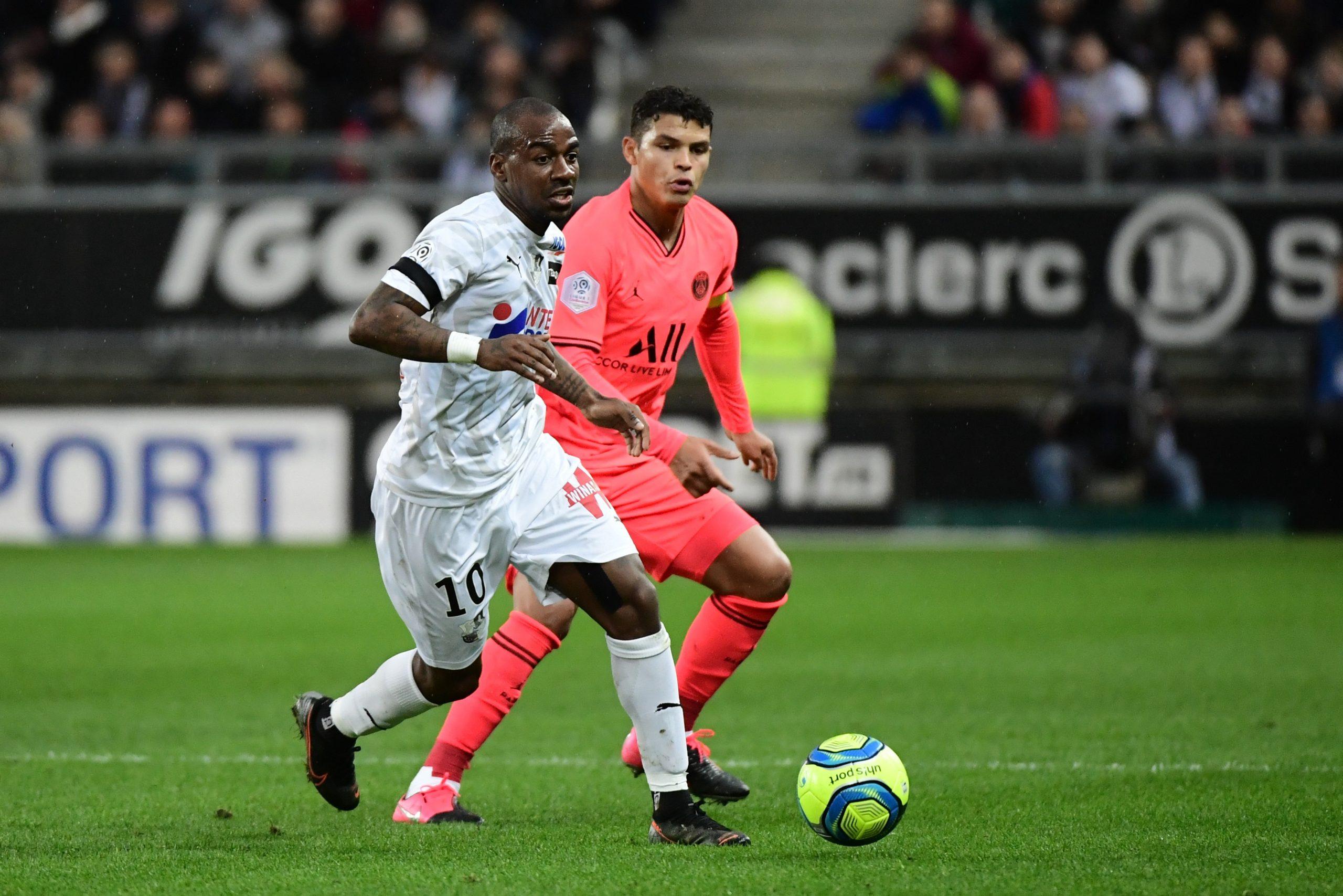"""Amiens/PSG - Thiago Silva n'est """"pas du tout"""" inquiet pour Dortmund"""