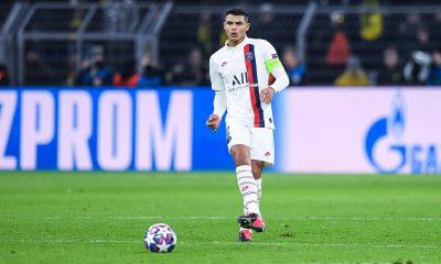 Mercato - L'agent de Thiago Silva assure qu'il préfère continuer au PSG
