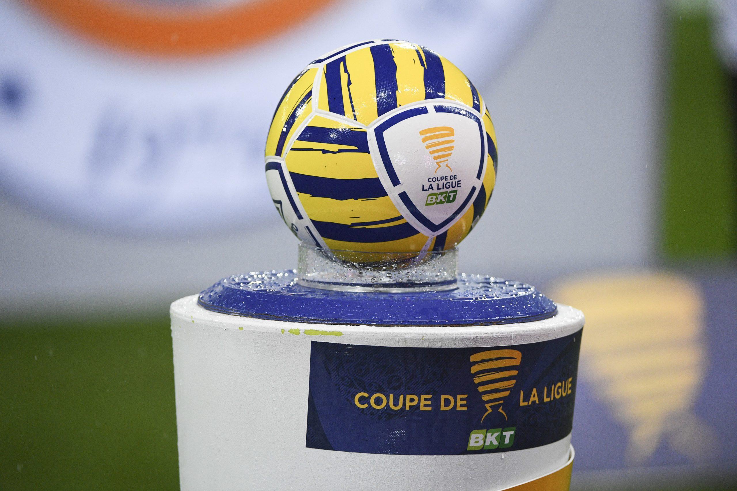 La finale de Coupe de la Ligue entre le PSG et l'OL pourrait être reportée, selon RMC Sport