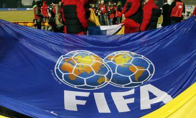 La FIFA autorise une solution pour les fins de contrat en juin prochain, annonce Reuters