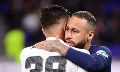 """Guimarães """"C'est gratifiant de voir un tel respect venant d'un phénomène comme Neymar."""""""