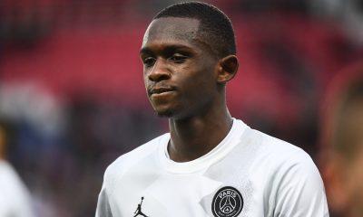 Le Parisien évoque la possible titularisation de Kouassi pour PSG/Dortmund