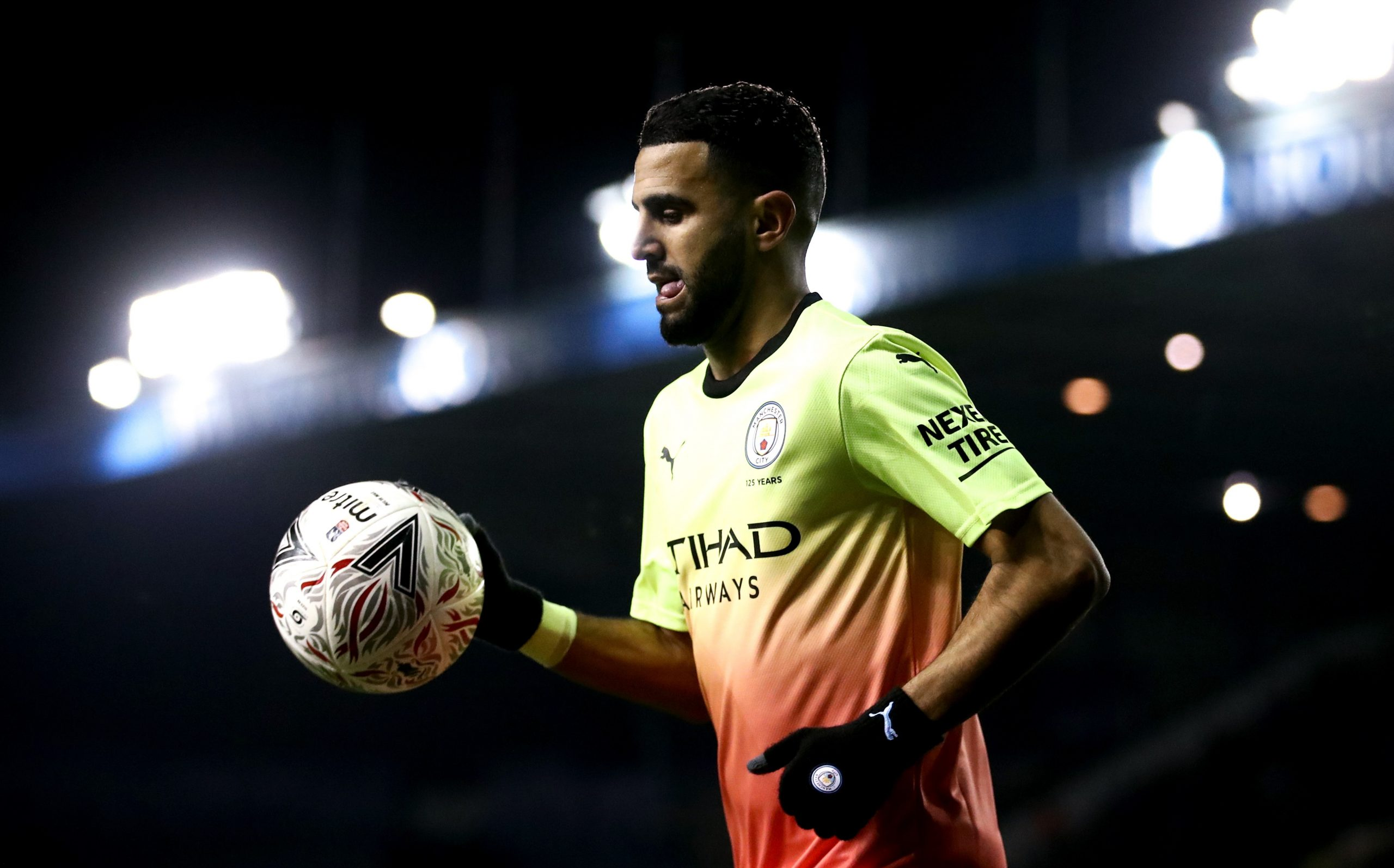 Man City veut prolonger Mahrez jusqu'en 2026 — International