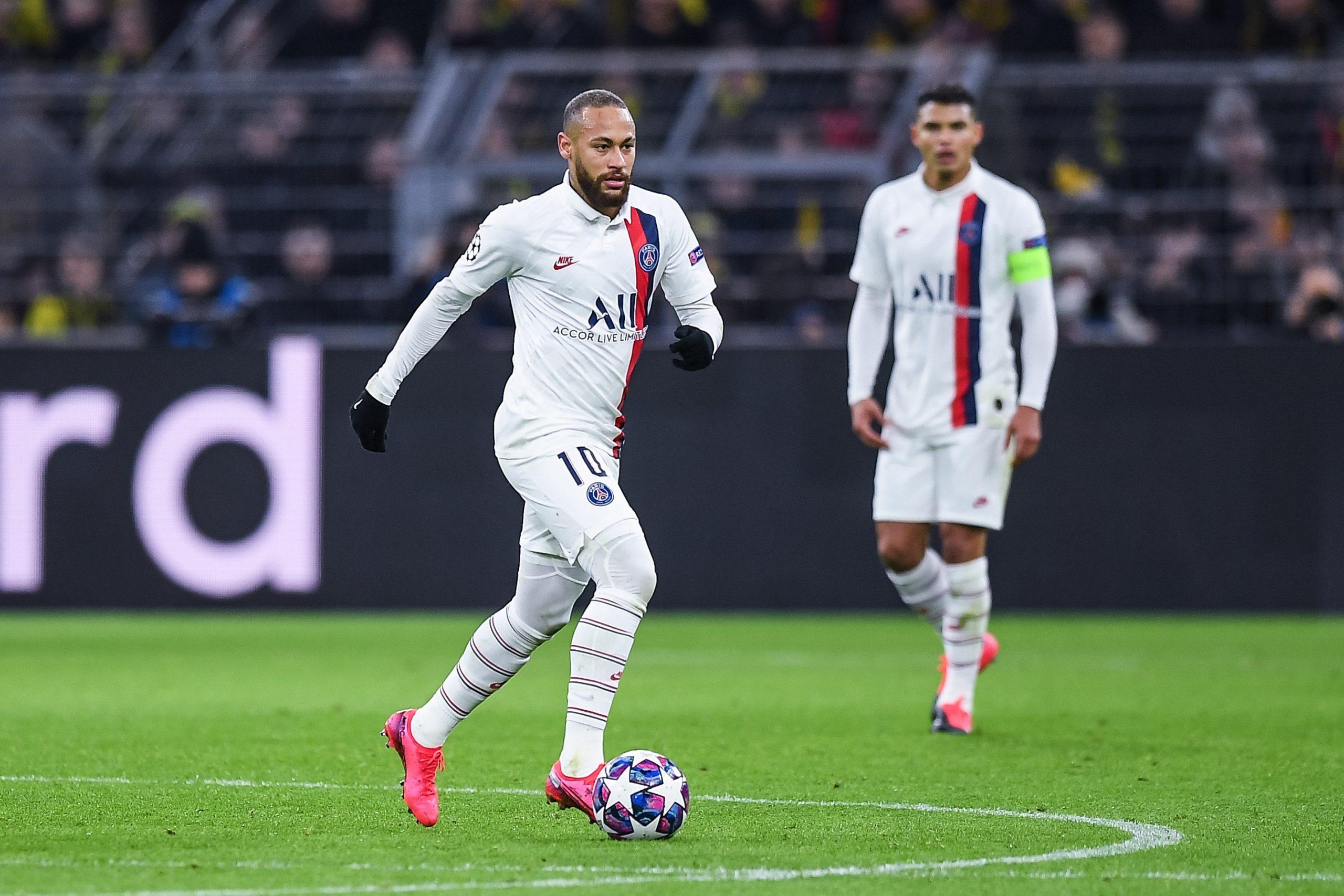 Le PSG s'inquiète pour les retours de Thiago Silva et Neymar, indique RMC Sport