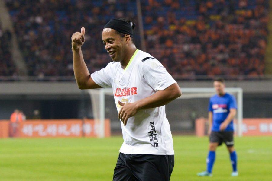 Ronaldinho aurait voyagé avec un faux passeport