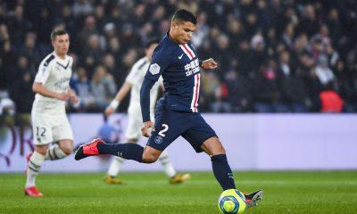 Mercato - L'AC Milan décide une stratégie qui éloigne Thiago Silva, explique le Corriere dello Sport