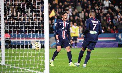 """Le frère de Cavani assure qu'il est heureux au PSG et qu'il y a des """"larmes"""" à son départ"""