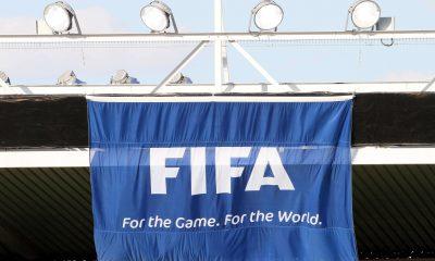 La FIFA envisage de sanctionner les crachats des joueurs lors des matchs