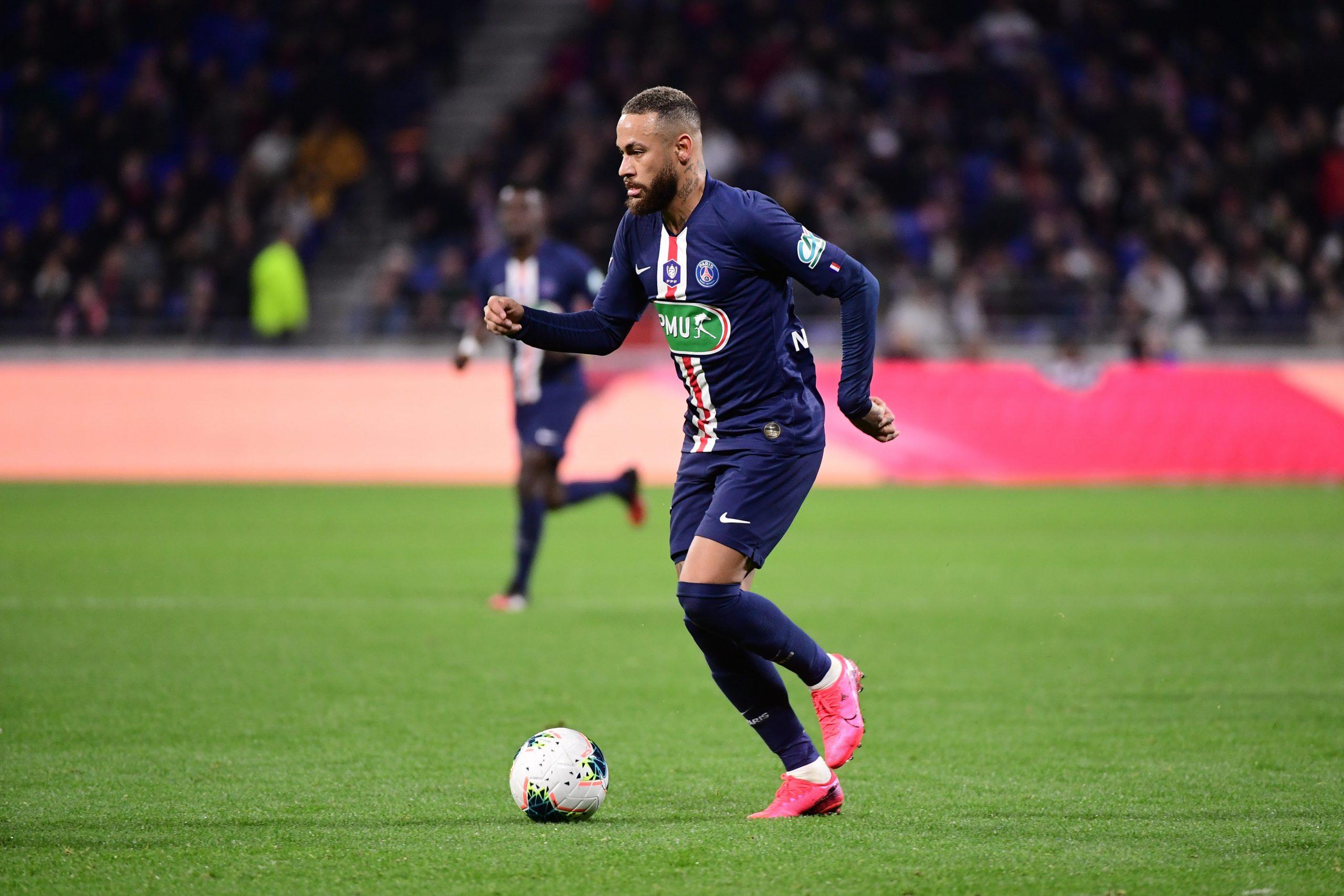 Bertrand Latour «Le PSG doit garder Neymar&Il y a suffisamment de stars pour s'en sortir»