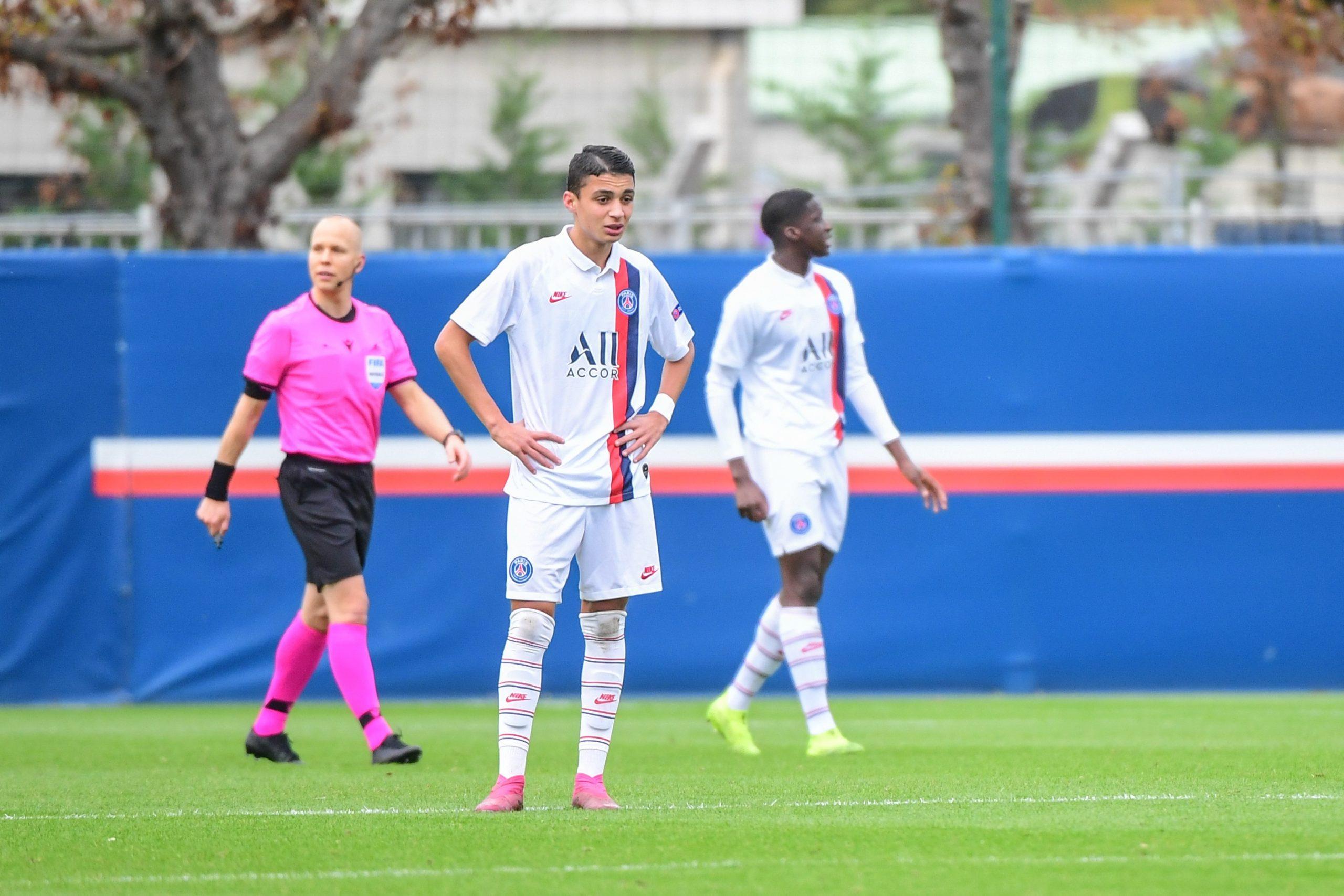 Ruiz-Atil a changé d'agent et pourrait finalement prolonger au PSG, annonce RMC Sport