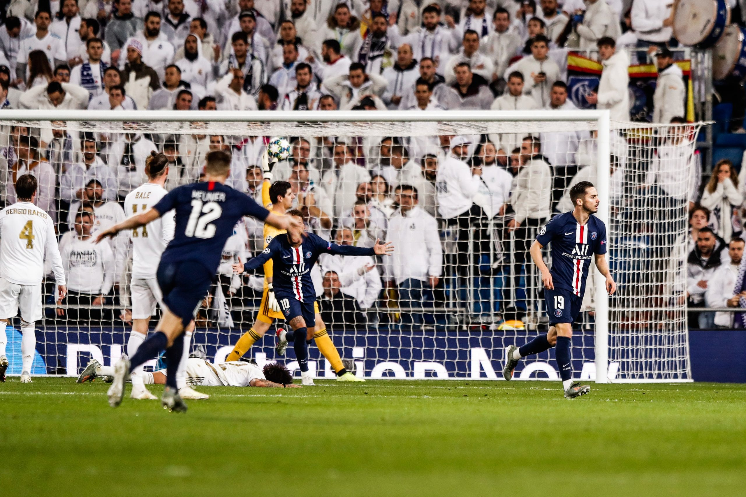 Le plus beau but du PSG cette saison, matchs 19 à 21 : la frappe de Sarabia contre le Real Madrid s'impose