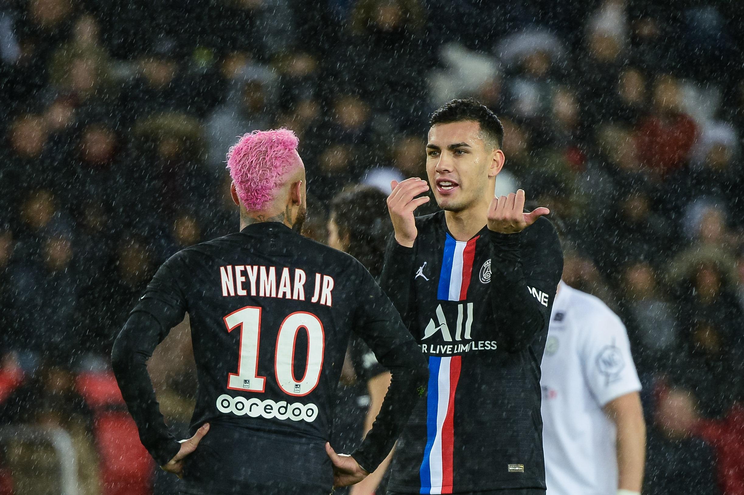 """Paredes évoque la mentalité au PSG, fait l'éloge Verratti et assure que Neymar """"va rester"""""""