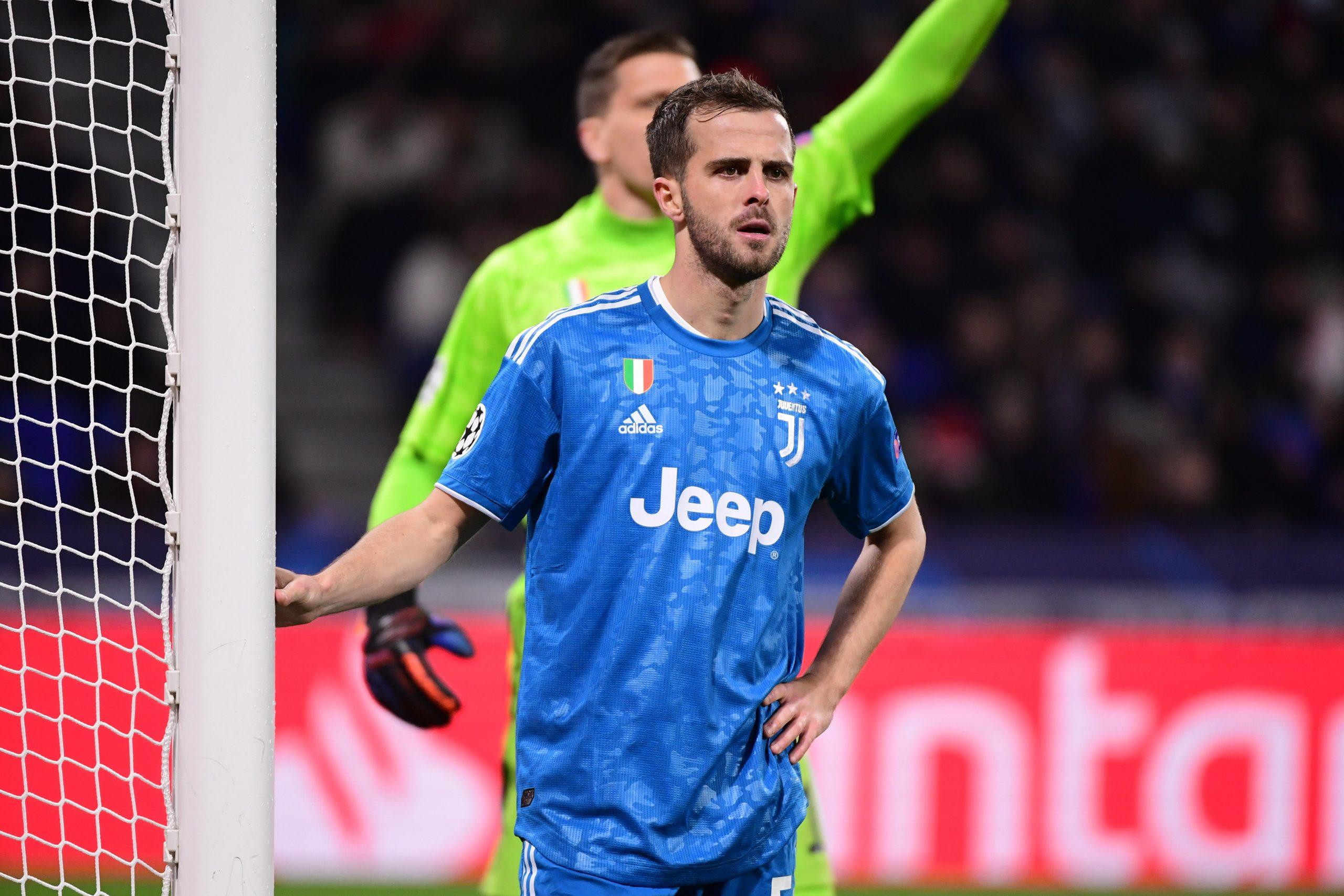 Mercato - Le PSG plus avancé que les autres clubs dans le dossier Pjanic, d'après Di Marzio
