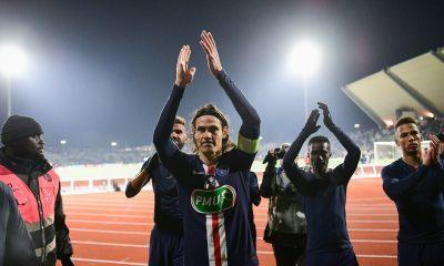 """Mercato - Cavani a """"beaucoup d'options"""" et finira la saison avec le PSG, indique son agent"""