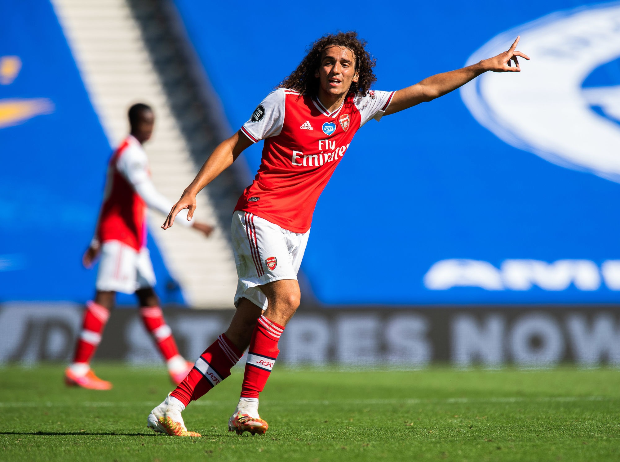 Mercato - Guendouzi, le PSG cité parmi les clubs en contact le milieu d'Arsenal