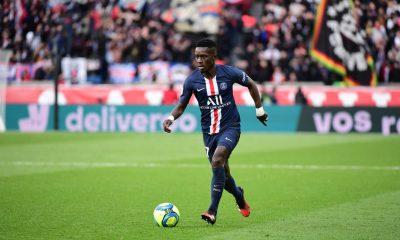 """Rooney admire Idrissa Gueye """"ce qui m'a surpris, c'est sa qualité avec le ballon"""""""