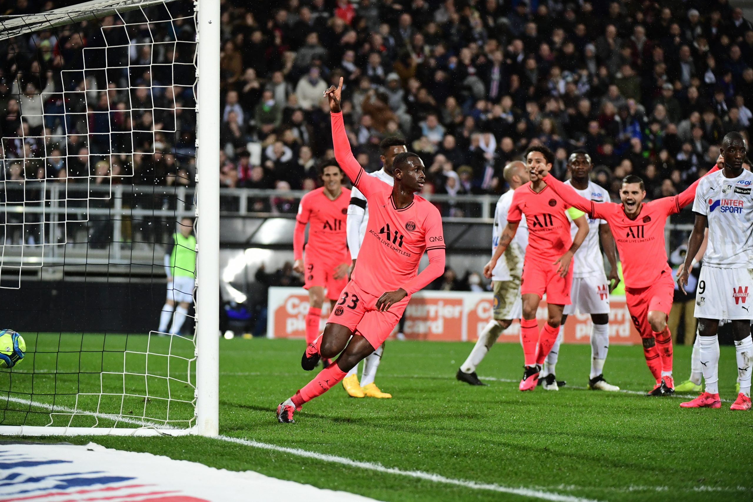 Mercato - Le Bayern Munich n'a pas voulu confirmer l'arrivée de Kouassi