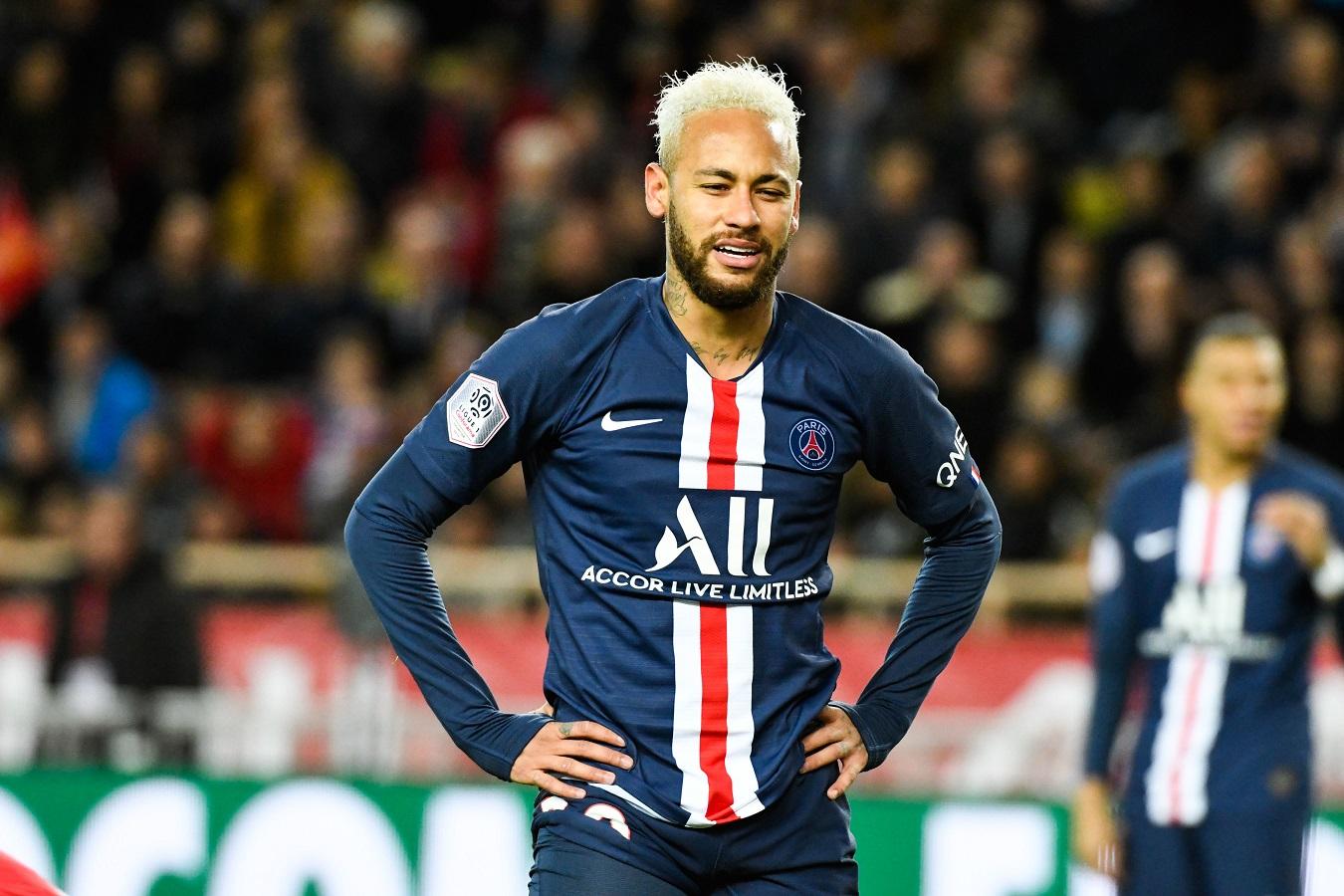 Ricardo Rosa, préparateur physique de Neymar, souligne son travail durant l'arrêt de la saison